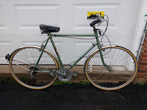 Vintage Men's Grand Prix Cruiser / Commuter Bike – 5 speed