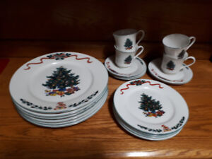 """Christmas Morning"" Dishes"
