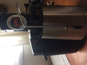 Big Boss Juicer 2-Speed Like New