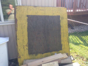 """1.25"""" thick exterior plywood 5' x 5' free"""