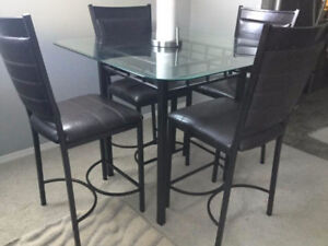 High Glass Dining Tale Set with 4 leather chairs
