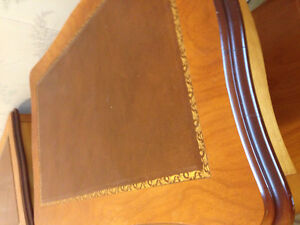Cherry wood coffee table and 2 side tables with leather inlay Stratford Kitchener Area image 4