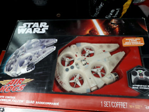 Air Hogs Star Wars Millenium Falcon