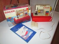 Singer Toy Sewing Machine Early 70's