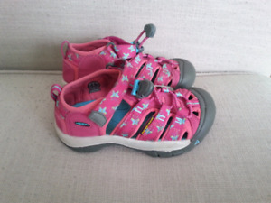Keen Girls Sandals size 12