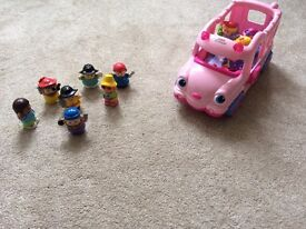 Fisher Price Little People Musical and Talking Play Bus with