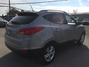 2011 HYUNDAI TUCSON GLS * POWER GROUP * LEATHER/CLOTH * BLUETOOT London Ontario image 6