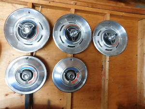 66 300 parts 3 nos hubcaps 3 spinner caps misc other pspump