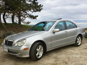 2001 Mercedes-Benz C-Class 3.2L Sedan
