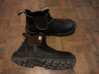Size 10 Blundstone #162 - CSA Approved Steeltoes (Barely Used)