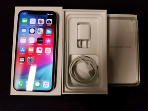 LIKE NEW APPLE IPHONE X 256GB BLACK UNLOCKED, WARRANTY