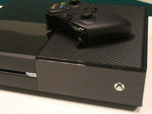 Xbox One, Great Condition London Ontario image 3