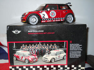 kyosho 1/18 Mini Challenge Red Nose Day Car