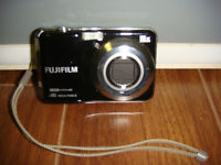 Fuji 16 Megapixel Digital Camera/HD Movies