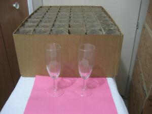 Champagne Glasses / Verres pour Champagne