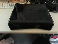 Xbox 360 Elite Gloss Black 250GB + Games