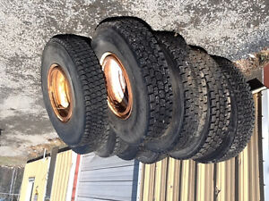 12R22.5 tires