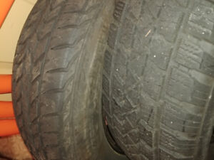 One snow tire 215 70 r15.