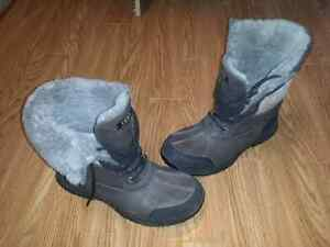 Botte uggs grise taille 11