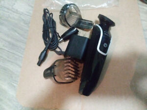 HARDLY USEDPHILIPS-NORELCO- HAIR TRIMMER FOR SALE $25Series