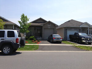 All inclusive w/ A/C upper level beautiful 3bed bungalow West
