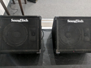 2 SoundTech Floor Wedge Monitor Speaker