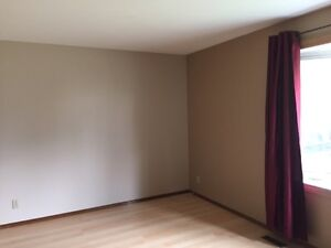House for rent(1200 sq ft) in maple area or sale