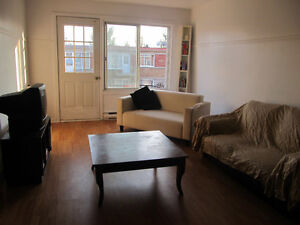 Large 5-1/2 Apartment on 7th Ave. in St-Michel