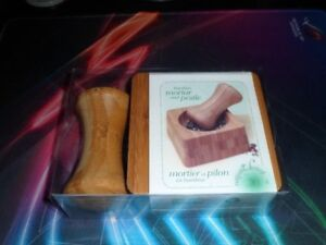 Natural Living Bamboo Mortar and Pestle NEW OLG.