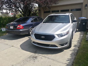 2015 Ford Taurus SHO, Only 15km