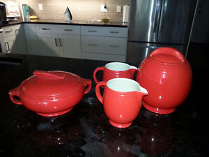 Hall Superior KitchenWare Excellent condition
