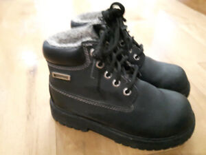 Girls Waterproof Boots Like New
