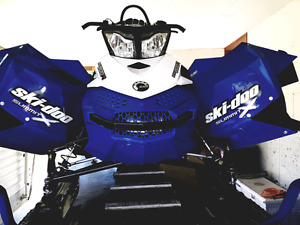 """09 summit (36"""" front end kit) + Avy Gear + Sled Dolly + Parts"""