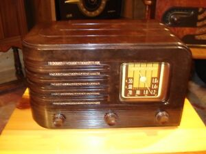 Antique tube Radio