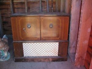 1972 I believe Electrohome Radio / phonograph