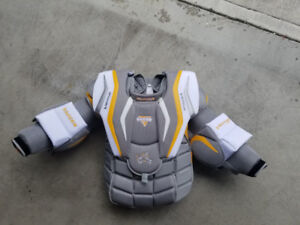 Brand New Hockey Vaughn LT88 Goalie Chest Protector