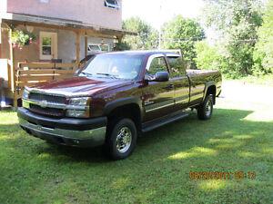 2003 Chevrolet C/K Pickup 2500 Camionnette diesel