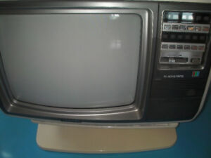 """Tv couleur 12"""" Toshiba (F1501)"""