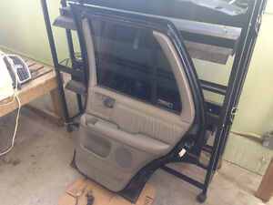 GMC CHEV BLAZER JIMMY REAR PASSENGER RIGHT DOOR SLT Strathcona County Edmonton Area image 7