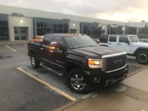 2015 GMC 3500 SIERRA DIESEL DENALI (SINGLE REAR WHEEL)