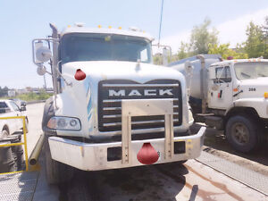 2009 mack 2007 sterling WHITE DUMP TRUCK SOLD BY OWNER