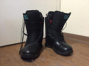 DC 2015 snowboard boots (US size 7.5)