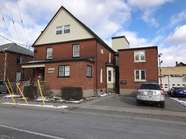 Oshawa Downtown, 1 Bedroom Apartment, New, Bright & Spacious