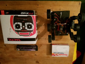 RC Rover with remote, battery and charger