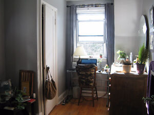 All-inclusive sublet in spacious 2br Westdale house June-August