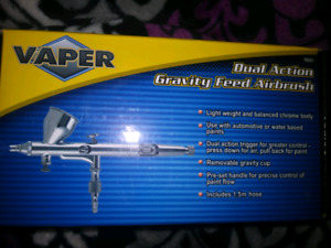 Dual Action Gravity Feed Airbrush