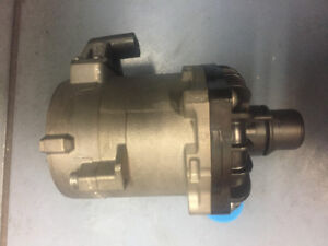 BMW WATER PUMP NEW ORIGINAL 11517566335