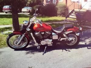 Moto modèle Spirit 2006