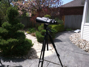 Bushnell 80x20 Astronomical Binoculars with Tripod