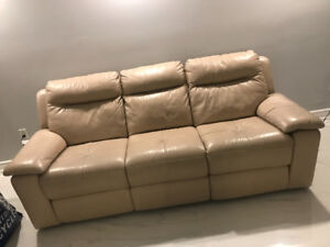 BEIGE COLORED POWER RECLINER FOR URGENT SALE